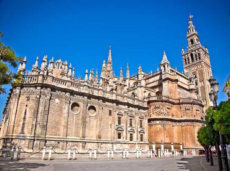 Itinerario en bicicleta por Sevilla, Catedral