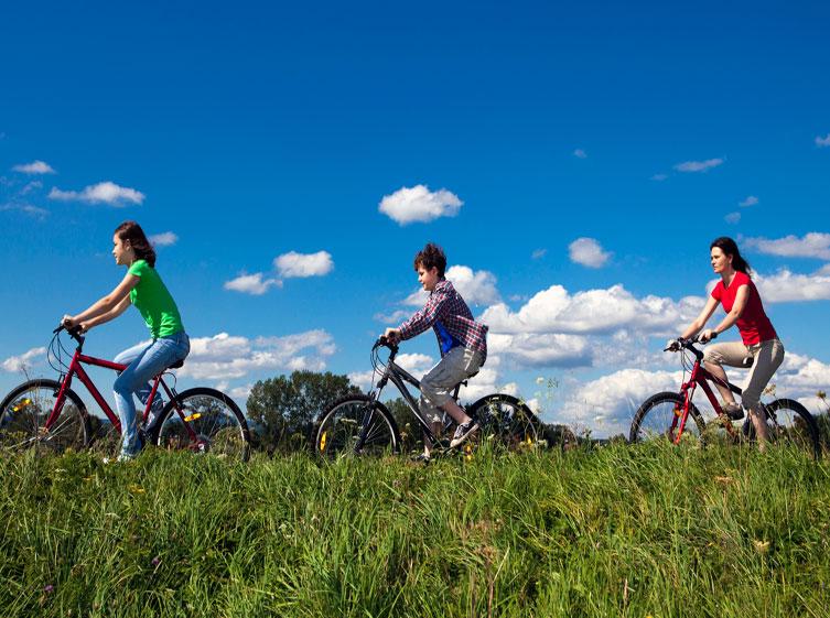 Las mejores vías verdes para la bicicleta en España
