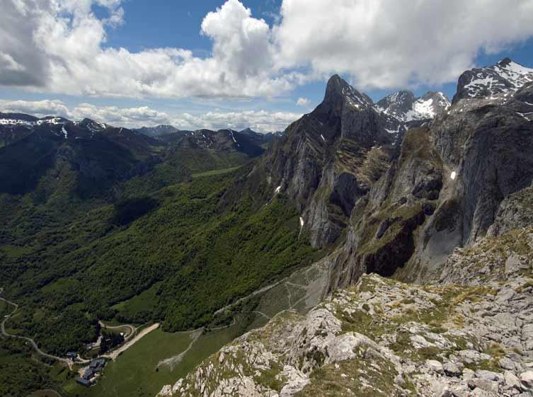 Los Picos de Europa son una de las maravillas naturales de España