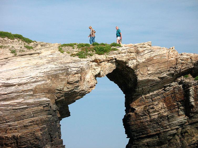 Playa_de_las_catedrales_maravillas_naturales_S-Cape (WikiCommons)