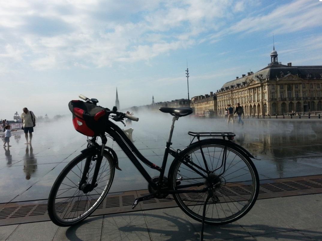 En bicicleta por Burdeos