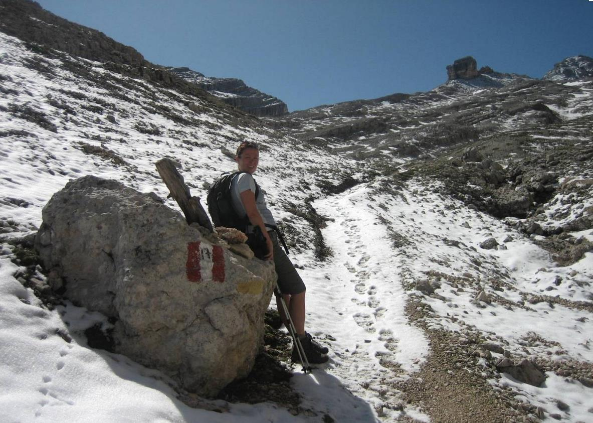 -trekking-senderismo-escalada-en-dolomitas
